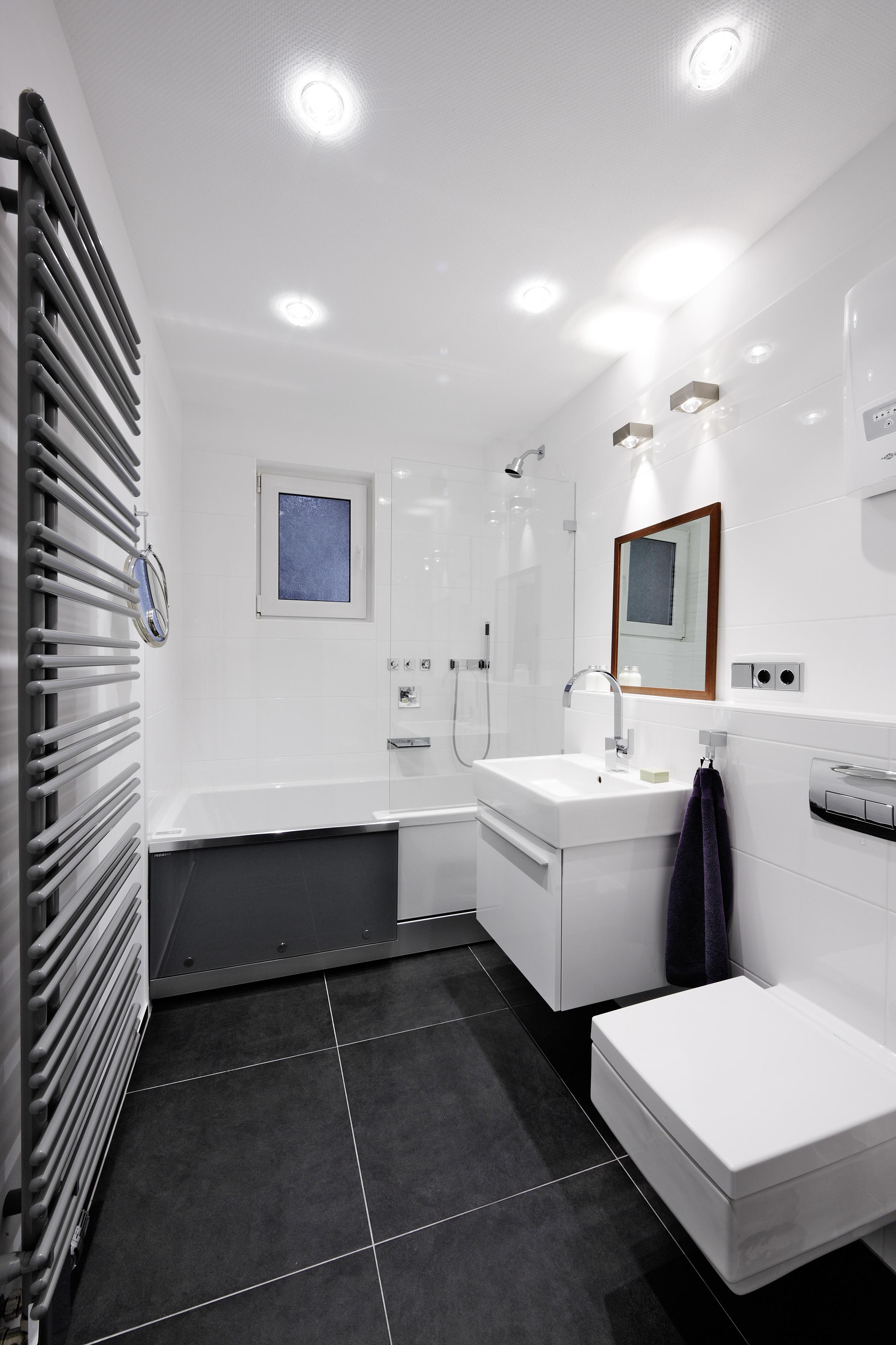 repabad easy in badewanne 170 t r rechts nischeneinbau peter peters viktor wiebe gbr. Black Bedroom Furniture Sets. Home Design Ideas
